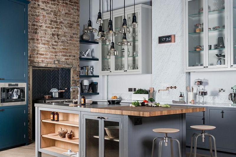 cocina estilo industrial con plafones de vidrio