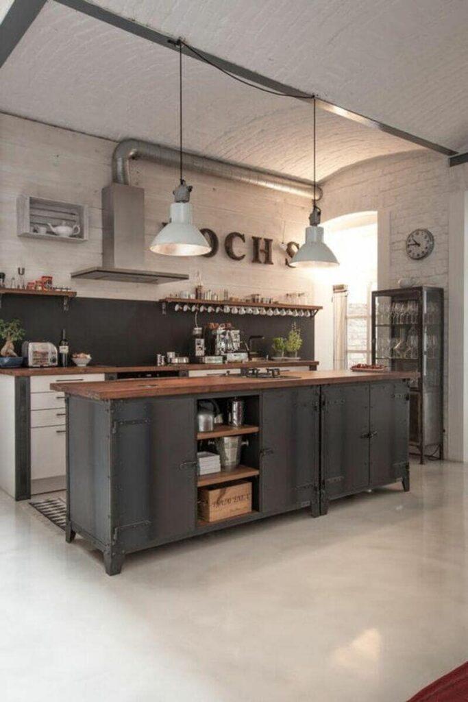 cocina estilo industrial con paredes blancas